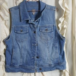J. Jill stretch jean vest button front light wash